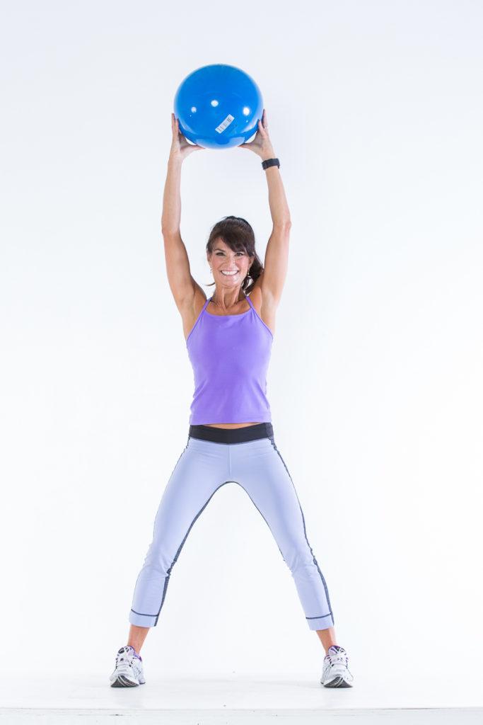 Body Ball Cardio step 1 - Body Ball Cardio