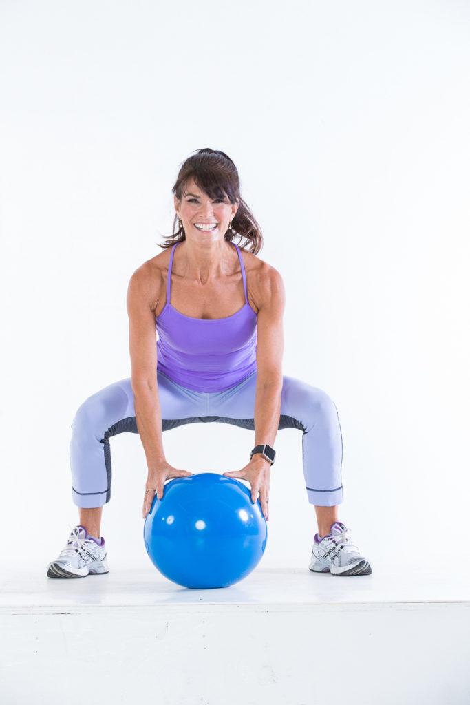 Body Ball Cardio step 2 - Body Ball Cardio